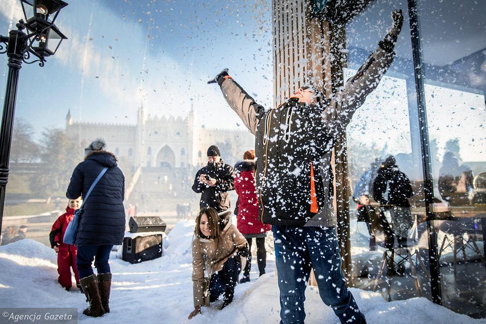 gigantyczna_kula_sniezna