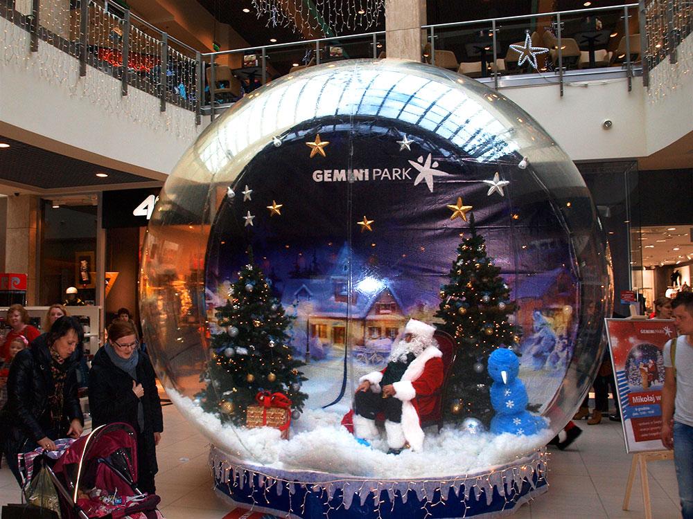 christmas-globe